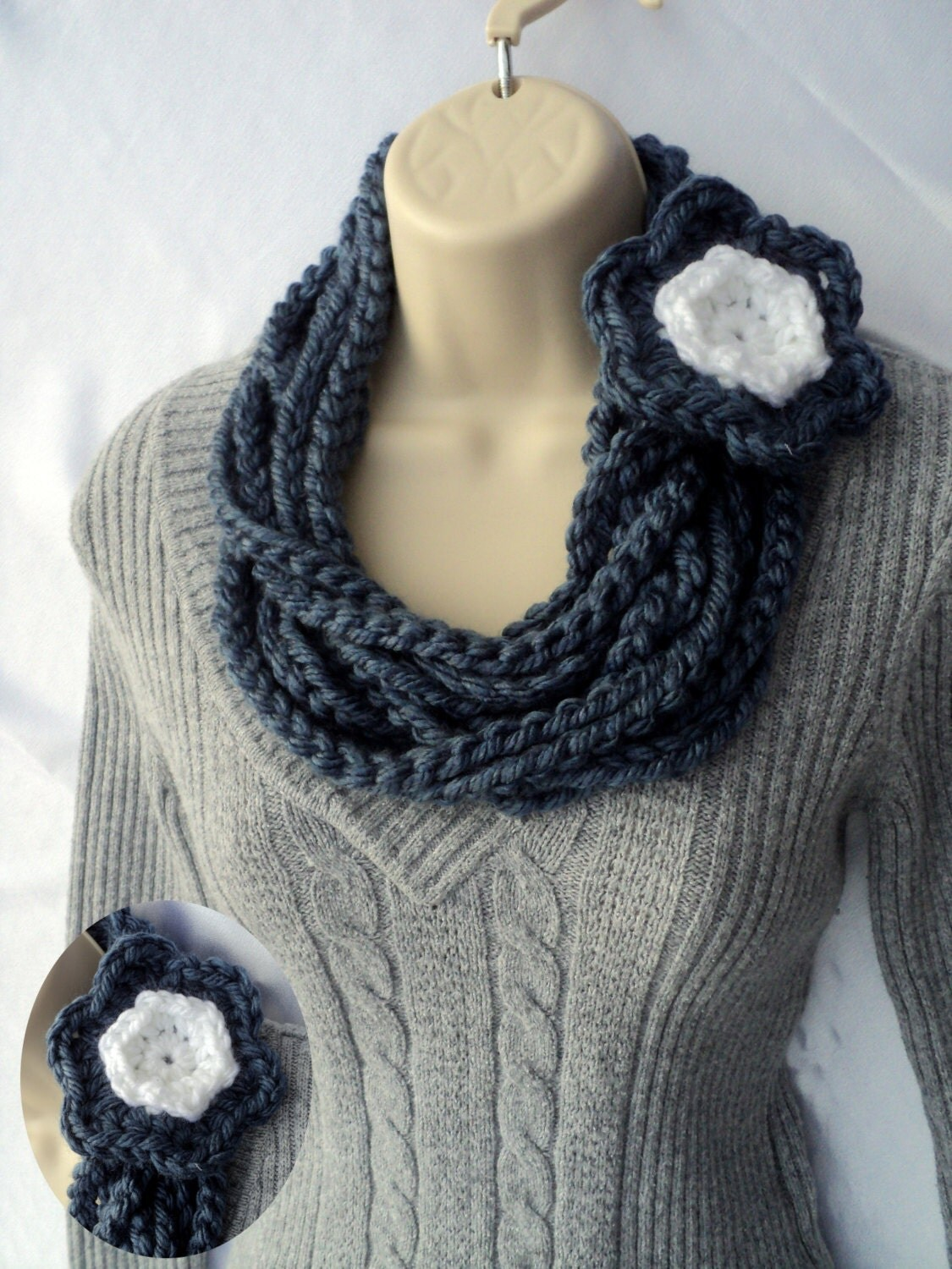 Crochet Flower Pattern Bulky Yarn : Crochet PATTERN 3 for one Bulky Cowl Chunky Chain and