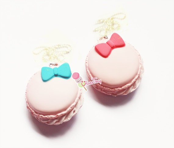 Bow Macaroon Squishy Necklace