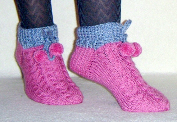 Knitted Socks/Handmade/ Cable Pattern/ Top Down/ by EsDacelle
