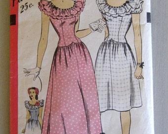 Vintage 1940s Dress Hollywood 1541, Evening Dress Pattern, Basque Waist, Ruffled Neckline, WW II Swing, Bust 32, Misses Size 14, UNCUT