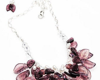 Purple Beaded Necklace, Amethyst Bib Necklace, Amethyst Glass Leaf Necklace, Purple Nature Jewelry, Bridal Jewelry, Wedding Accessories