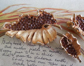 BSK Amber Rhinestone Leaf Brooch & Earrings Set    JS5