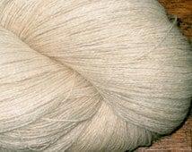 LACE Alpaca Undyed Yarn, Lace Weight Superfine Alpaca Gossamer Undyed Yarn Blank, Undyed Alpaca Yarn, Lace Ecru Yarn Base