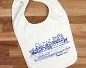 Philadelphia Boathouse Row organic cotton baby bib, gender neutral, baby shower gift, Philly baby gift, Philly bib, art museum, schuykill
