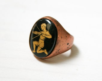 Sagittarius  Zodiac Ring / Vintage Glass Cameo RIng / Vintage Handmade Ring / Astrology / Witch Ring / Black Ring / Gift