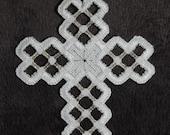 Hardanger Cross Ornament – Silver