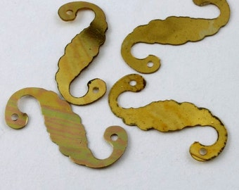 18mm Metallic Gold S Shaped Vintage Sequin (100 Pcs) #567