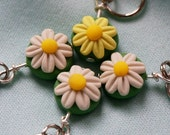 Daisy Stitch Markers (Bouquet of 4)