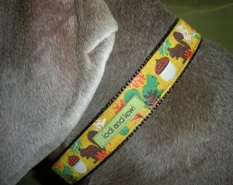 Acorn Collar in Gold and Green
