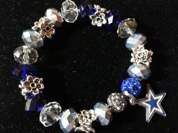dallas cowboys charm bracelet dallas cowboys charm bracelet by artbymarielou on etsy 7879