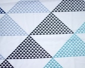 SALE - Vintage Sheet Fat Quarter - Triangle Geometric