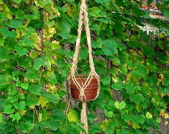 macrame plant hanger Mady Jr. lavender