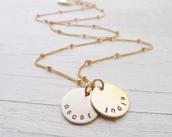 Name Necklace Gold Petite Personalized Mommy Jewelry with Names Baby Shower Gift Ideas for Mom Medallion Charms