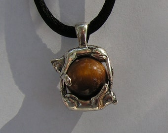 Sterling Silver Cats Pendant With Tiger Eye