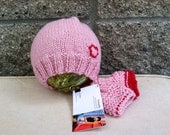 Infant cashmere beanie and fingerless mitt set