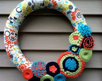 Spring Wreath - Multi Color Patterned Fabric with Felt Flowers. Summer Wreath - Spring Wreath - Easter Wreath - Felt Flower Wreath - Felt