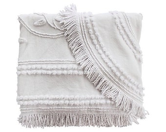 White Needle Tuft Blanket w/ Fringe -Cabin Crafts Blanket - Solid White - Full Queen Coverlet - Vintage Bedspread