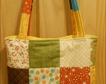 LOLLIPOP Quilted Tote Bag of Moda Fabric  is ready to ship