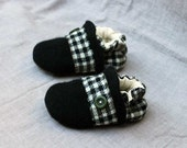 Houndstooth Wool Slippers Leather Bottom  Kids Size 6-12 months old made from recycled materials