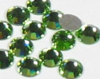 16SS SWAROVSKI Elements Flatback Rhinestones Crystal PERIDOT (144) 531005