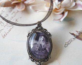 Vampire Cameo Vampire Necklace Vampire Pendant Victorian Art Fantasy Art Gothic Jewelry