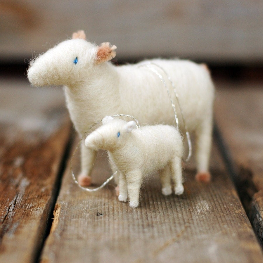Mama sheep and baby lamb ornament duo needle felted for Sheep christmas ornament craft