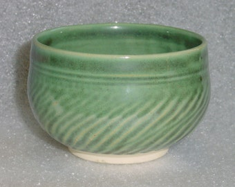 Wheel Thrown Pottery Tea Bowl with Chattered Texture Exterior in Iridescent Green