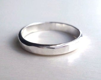 Silver Hammered Ring - Sterling Silver - Handmade - Sparkle - Reflective - Custom Made - Custom Ring - Unisex - Modern - Stacked Ring