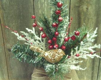 Christmas Arrangement /  Country Glass Jar Arrangement / Primitive Christmas Arrangement---Free Shipping