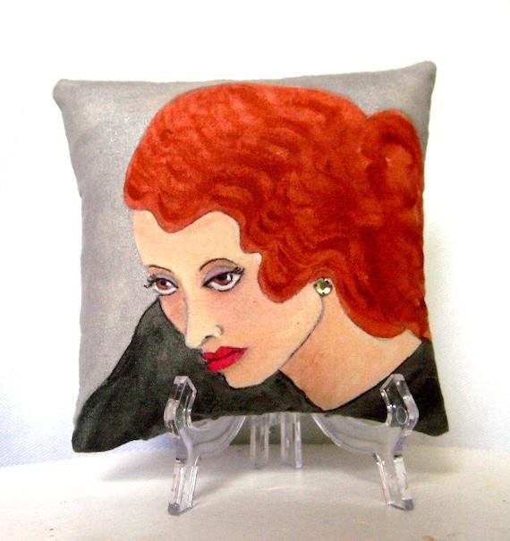 BETTE DAVIS PILLOW, hand painted pillow, Bette Davis quote, Elle Magazine feature, novelty pillow, glamour pillow, red hair, movie star