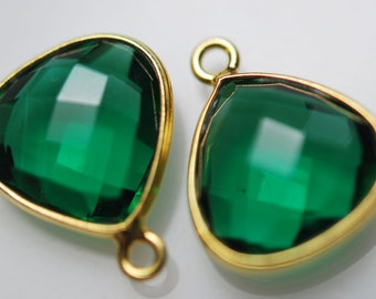 Matching pair of green quartz heart shaped pendant 1 pair 22.00 on sale 16.00