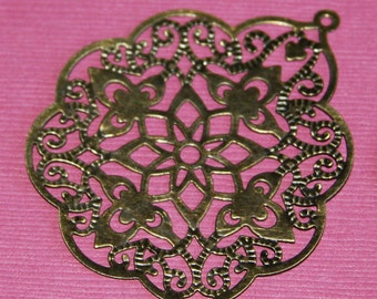 A pair of Antiqued Brass filigree pendant 48x58mm