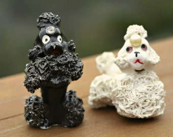 Vintage Black And White Spaghetti Poodle Figurines Kitschy Ceramic Poodles Made In Japan