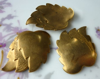 Clearance 2 Vintage Brass Leafs C15