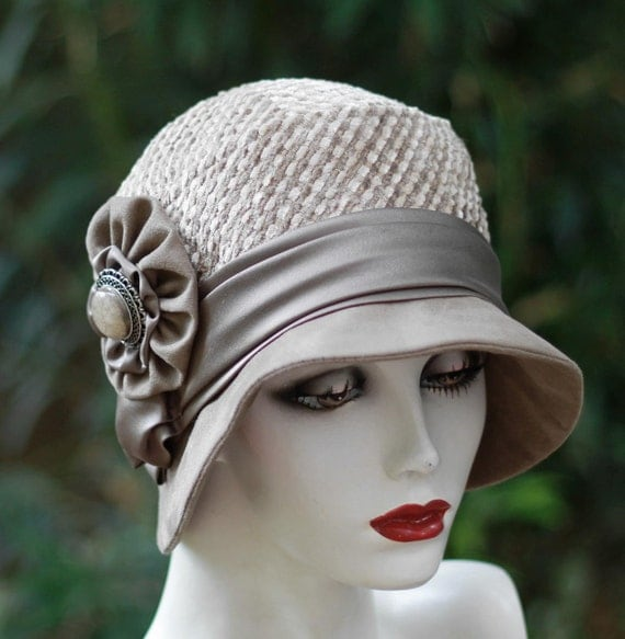 Fall and Winter Womens Hat Warm Fabric 20's Vintage Style