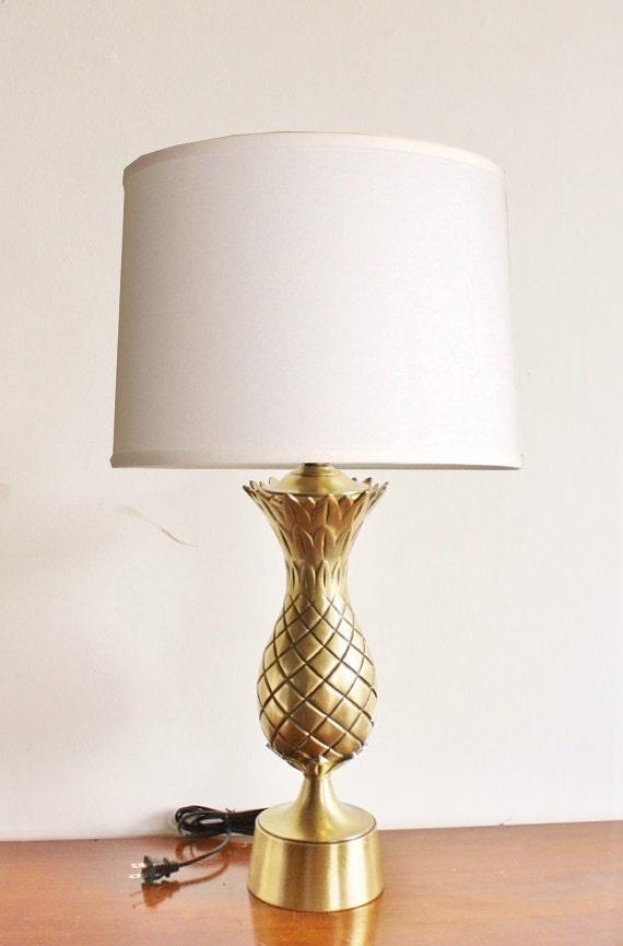 vintage brass pineapple table lamp large hollywood regency. Black Bedroom Furniture Sets. Home Design Ideas
