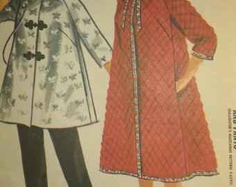 Vintage 60s Short A Line Trapeze Swing Bathrobe Robe Jacket Top Skinny Trousers Pants Sewing Pattern 6588  B36