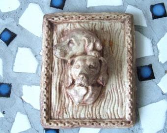 vintage hunting dog plaster chalk ware plaque