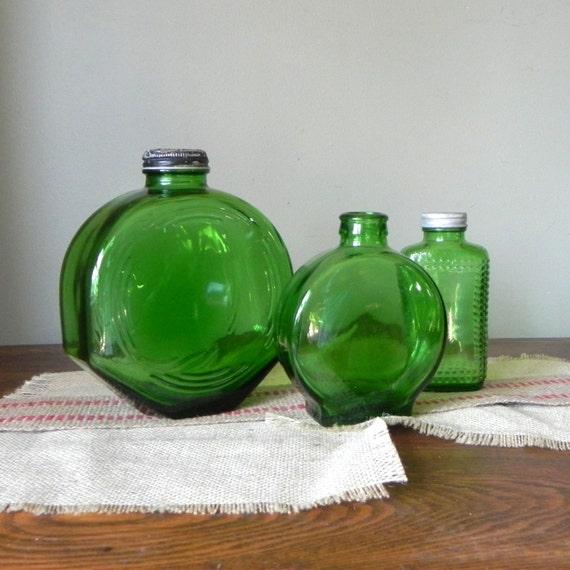 Vintage green glass vases bottles three instant collection - Owens Illinois refrigerator octagonal round and one rectangular with shaker top