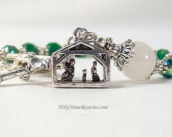 Christmas Rosary Bracelet Chaplet Single Decade Green Manger Nativity Holy Family St Therese Miraculous Medal Single DecadePrayer Beads