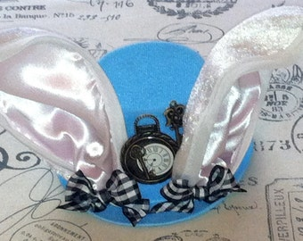 Mini Top Hat, Mad Hatter, Alice In Wonderland Hat, The Rabbit Hat, Costume, Tea Party Hat, Birthday Party Hats, Onederland, Baby Girls, Bows
