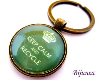 Keep calm and recycle keychain - Green keep calm keychain - Recycle keychain k138