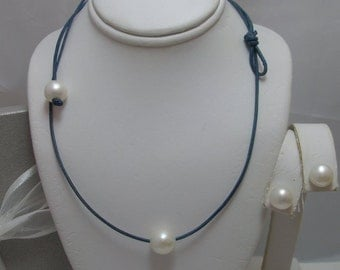 Floating Solitaire Genuine Natural White  Round Pearl Necklace with Pearl toggle clasp and earrings set on Leather