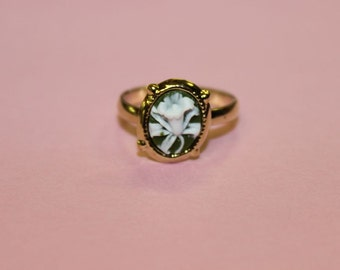 Tiny Sage Green Wildflower Dainty Gold Cameo Ring