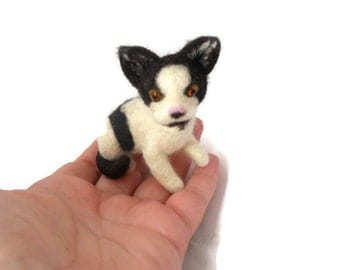 Custom Grey needle felted cat sculpture,  needle felted kitten, small size
