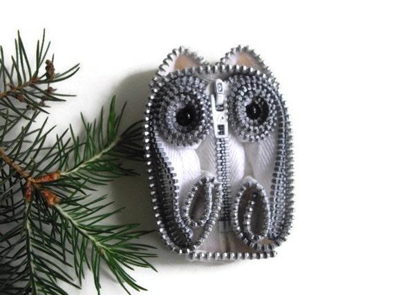 White Owl Wearable Zipper Art Statement Brooch Ornament Home Decor Handmade Collectible by handcraftusa