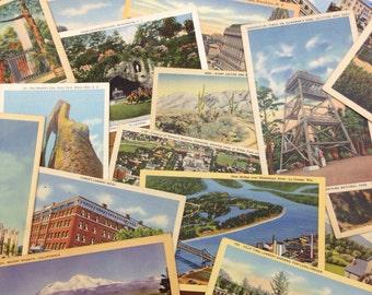 Vintage Linen Postcards (12 Count)