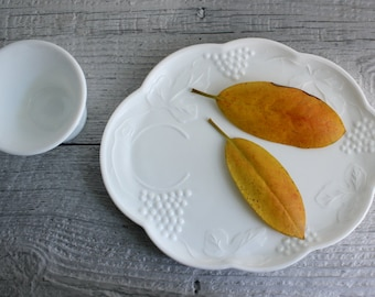 Vintage Milk Glass Snack Plates and Cups - Four