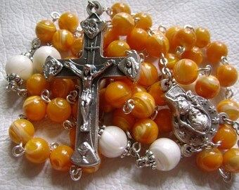 Valuable Tridacninae Beads  Seven Sorrows Rosary  Cross