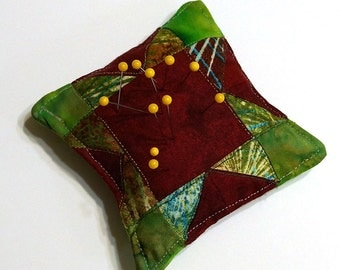 Pincushion Traditional Sawtooth Star Quilted Patchwork Mini Block Free USA Shipping